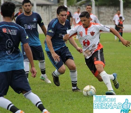 Fotos: Quartas de final da 1ª Taça Ponta Porã de Futebol Suíço, estádio Aral Moreira.