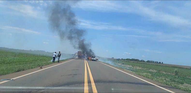Bandidos assaltam carro forte na MS 156