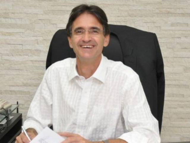 Dirceu Lanzarini foi prefeito de Amambai por três mandatos e atualmente era secretário especial no governo (Foto: A Gazeta News)
