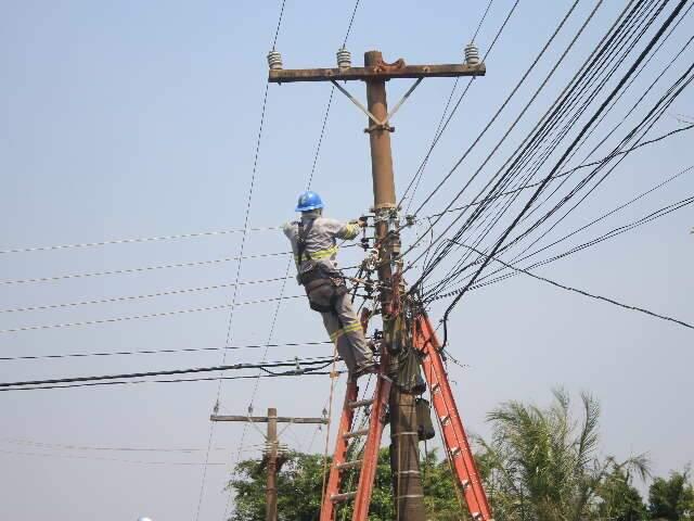 Cortes de energia elétrica foram suspensos durante 90 dias pela Aneel (foto: reprodução)