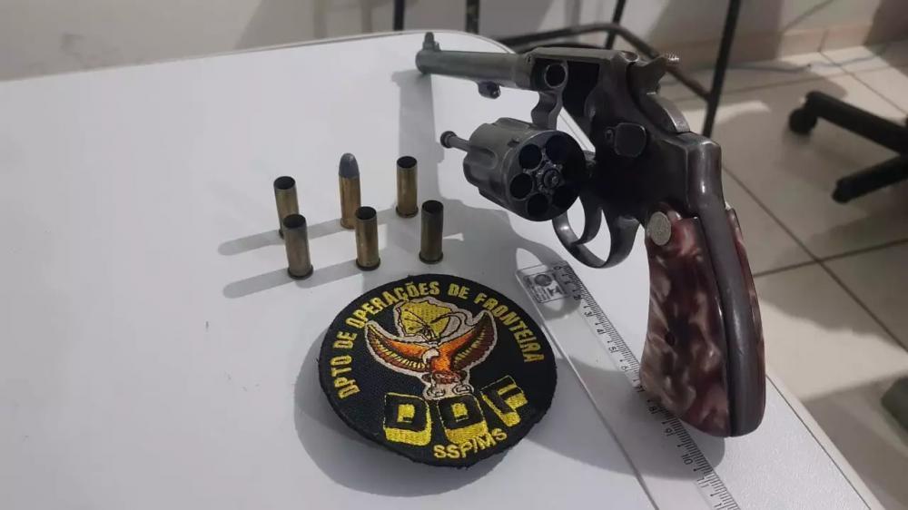 Arma usada pelo bandido em troca de tiros com policiais do DOF. (Foto: Divulgação)