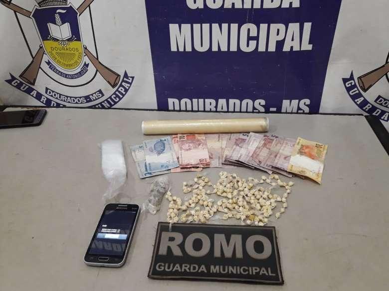 No local também foi encontrando dinheiro trocado.(Foto: Divulgação).