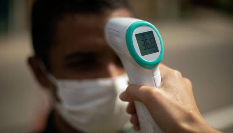 Militares irão aferir temperatura no Hospital Regional. (Foto: Divulgação)