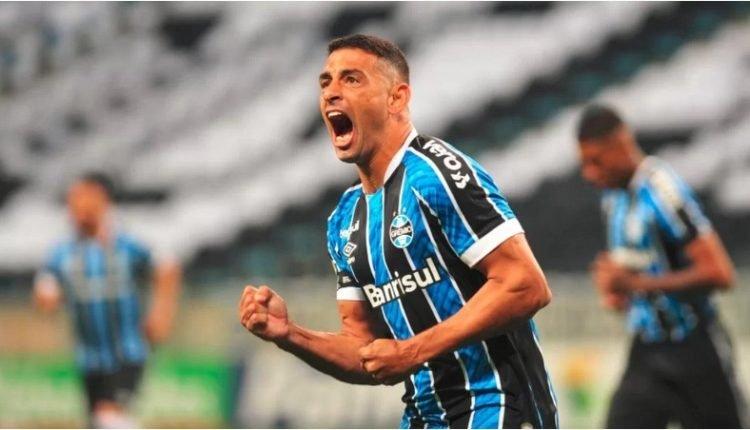Grêmio venceu por 4 a 3 com dois gols de Diego Souza | Foto: Ricardo Giusti