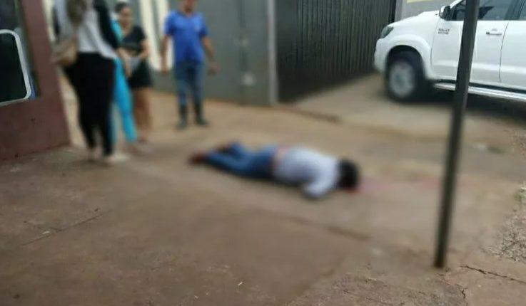 Vítima foi assassinada a tiros