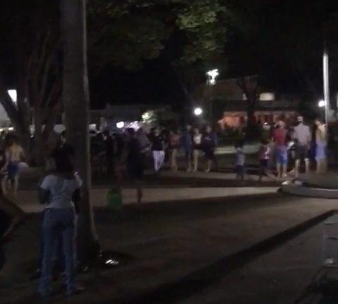 Aglomeração em praça de Rio Verde neste fim de semana.