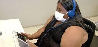 Eleitor receberá fone de ouvido quando informar deficiência a mesário. (Foto: Divulga/TSE)