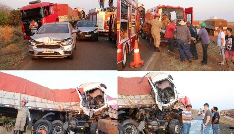 Local onde ocorreu o acidente (Fotos Adejair Morais / ocorreionews.com.br)