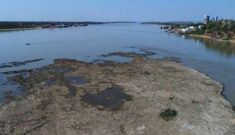 Seca do Rio Paraguai é a pior dos últimos 47 anos, segundo a Cemaden. (Foto: Jornal Última Hora)