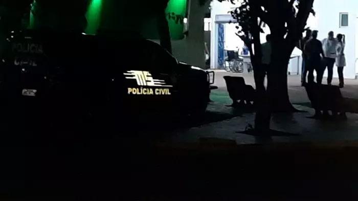 Hospital Regional de Ponta Porã, para onde foram levados os criminosos que acabaram morrendo. (Foto: Direto das Ruas)