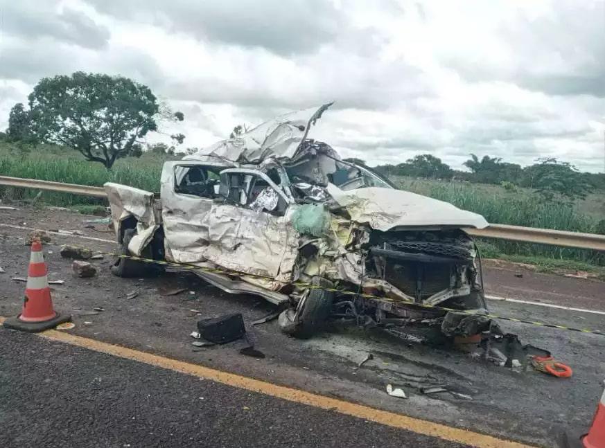 Solange e Daniel Remijo estavam em S-10 durante acidente. (Foto: Sidney Assis)
