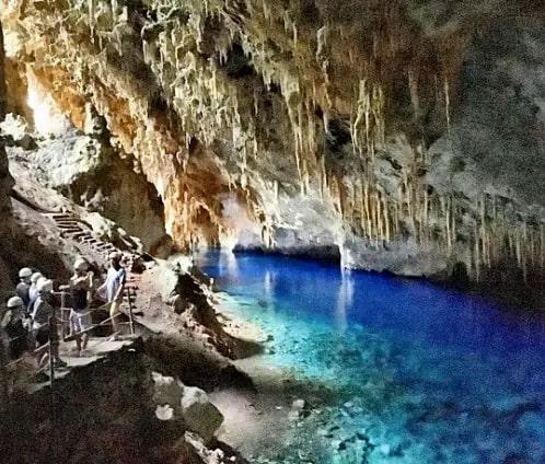 Gruta do Lago Azul, considerado patrimônio cultural e ambiental brasileiro (Foto/Divulgação)