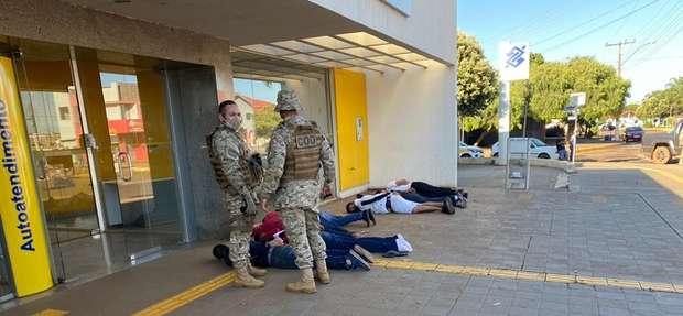 Ladrões foram presos pela polícia no ato da invasão - Crédito: Norbertino Angeli/Jovemsulnews
