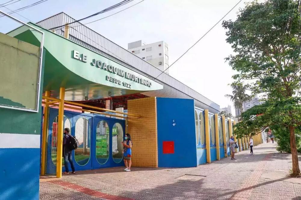 Escola Estadual Joaquim Murtinho, no Centro de Campo Grande. (Foto: Henrique Kawaminami/Arquivo)