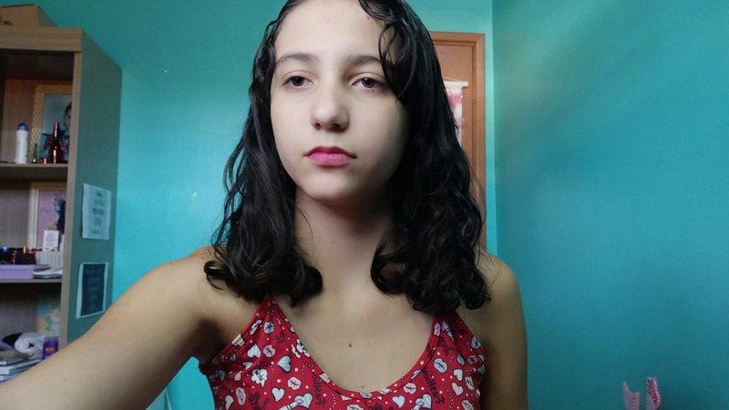 Adolescente está desaparecida há 24 horas após sair de colégio em Campo Grande